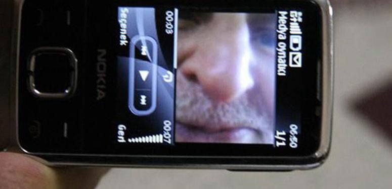 Zonguldak'ın Kilimli ilçesinde hayatını kaybeden 96 yaşındaki Hamit Küçük'ün cep telefonuna kaydedilen kendi sesi dinletilerek, helallik istendi.