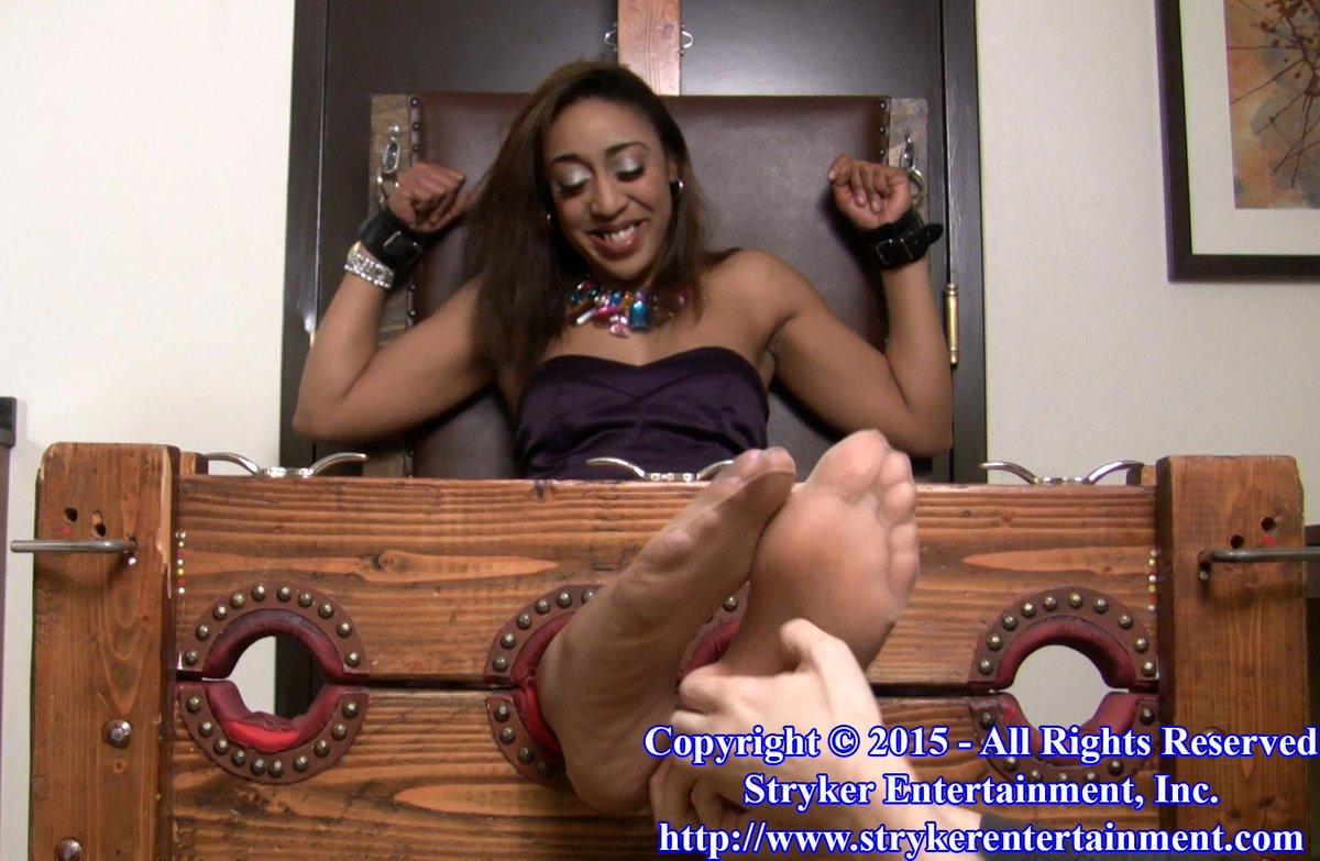 Ebony nylon feet pics