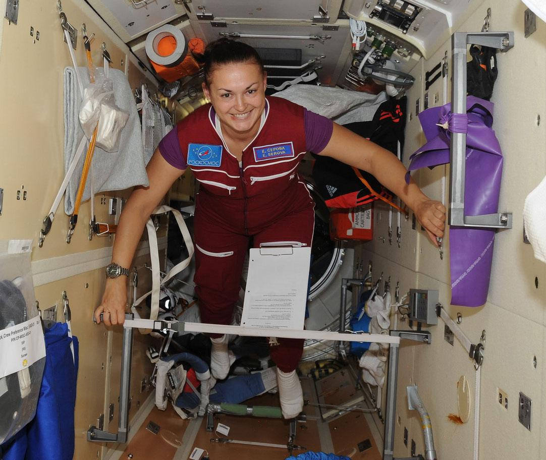 #HappyInternationalWomensDay to our women living and working aboard the #ISS, Elena Serova and @AstroSamantha!