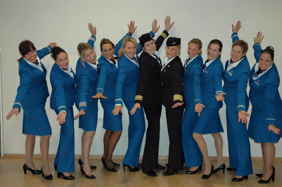 Our all female is flying from Amsterdam to Chicago in honor of International Women's Day. #HappyWomensDay http://t.co/TOBQDiCuOE