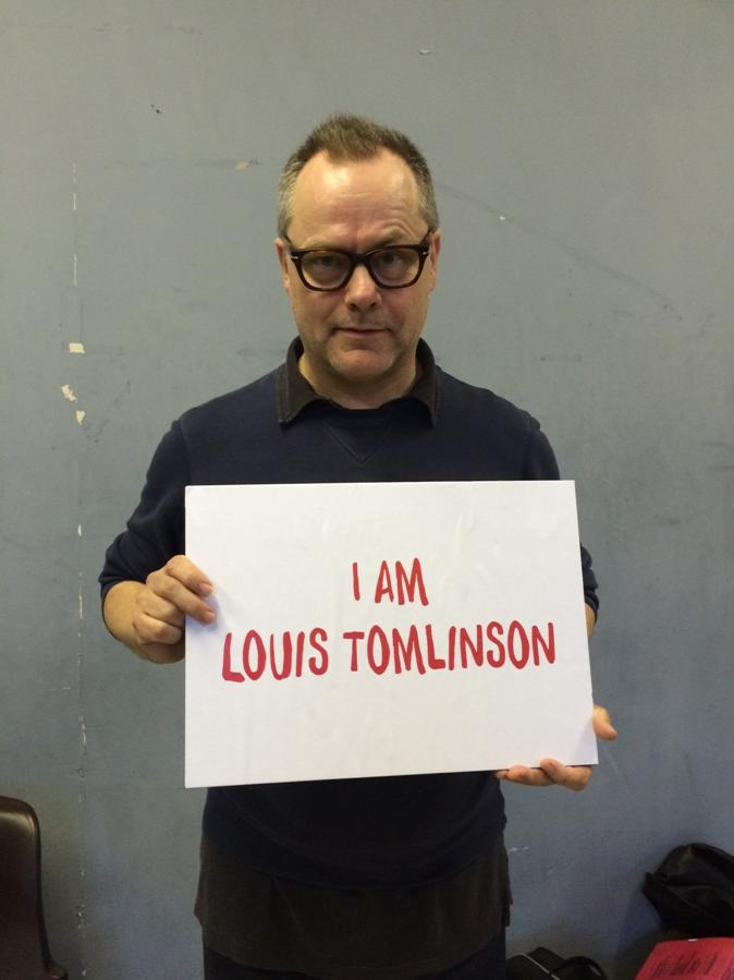 I am @Louis_Tomlinson for @RedNoseDay #NoDirection http://t.co/fVLvfE0nct