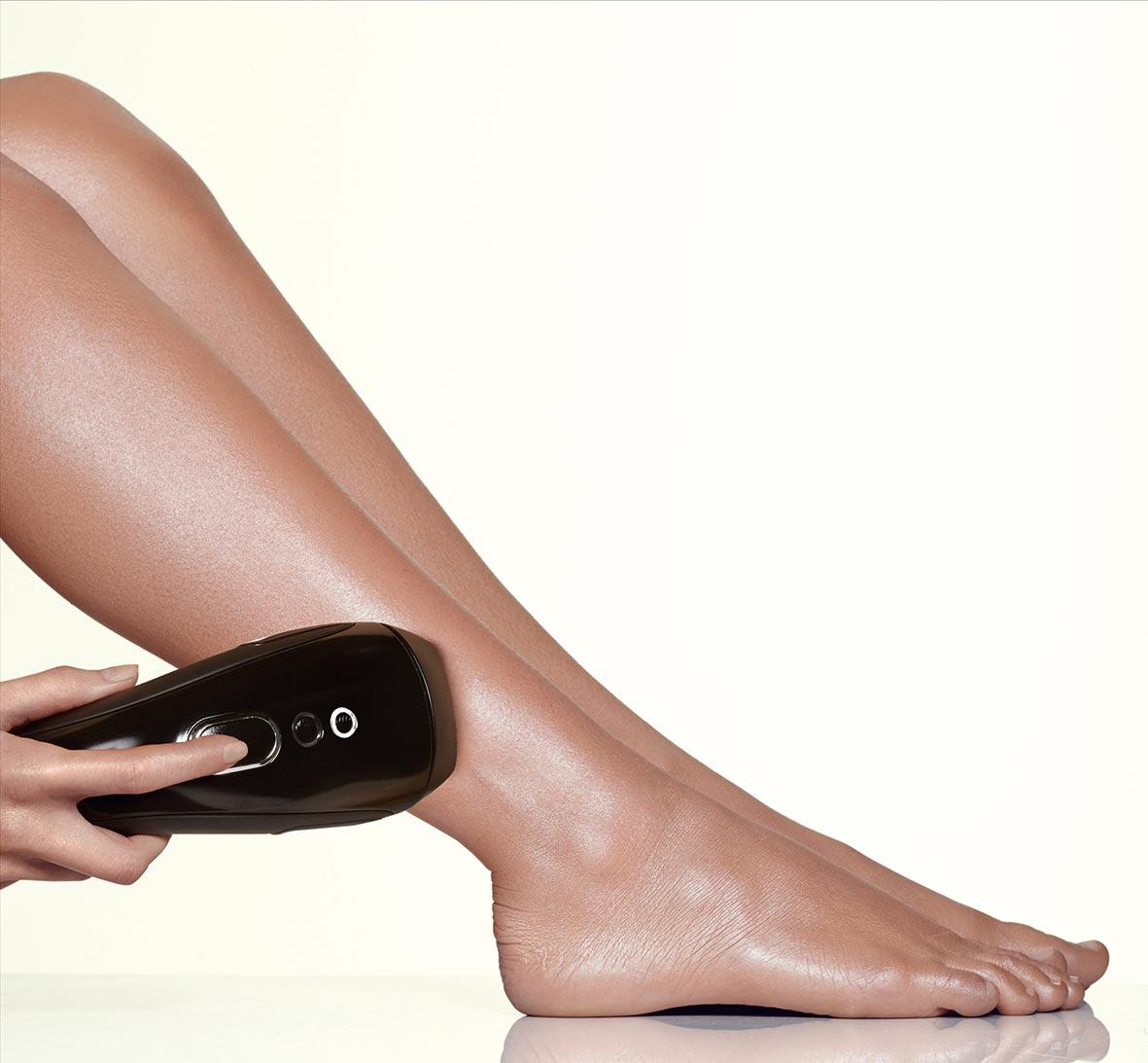 For a chance to win a Smoothskin Gold IPL hair removal device, RT and follow @hellofashion_uk and @SmoothSkinIPL!