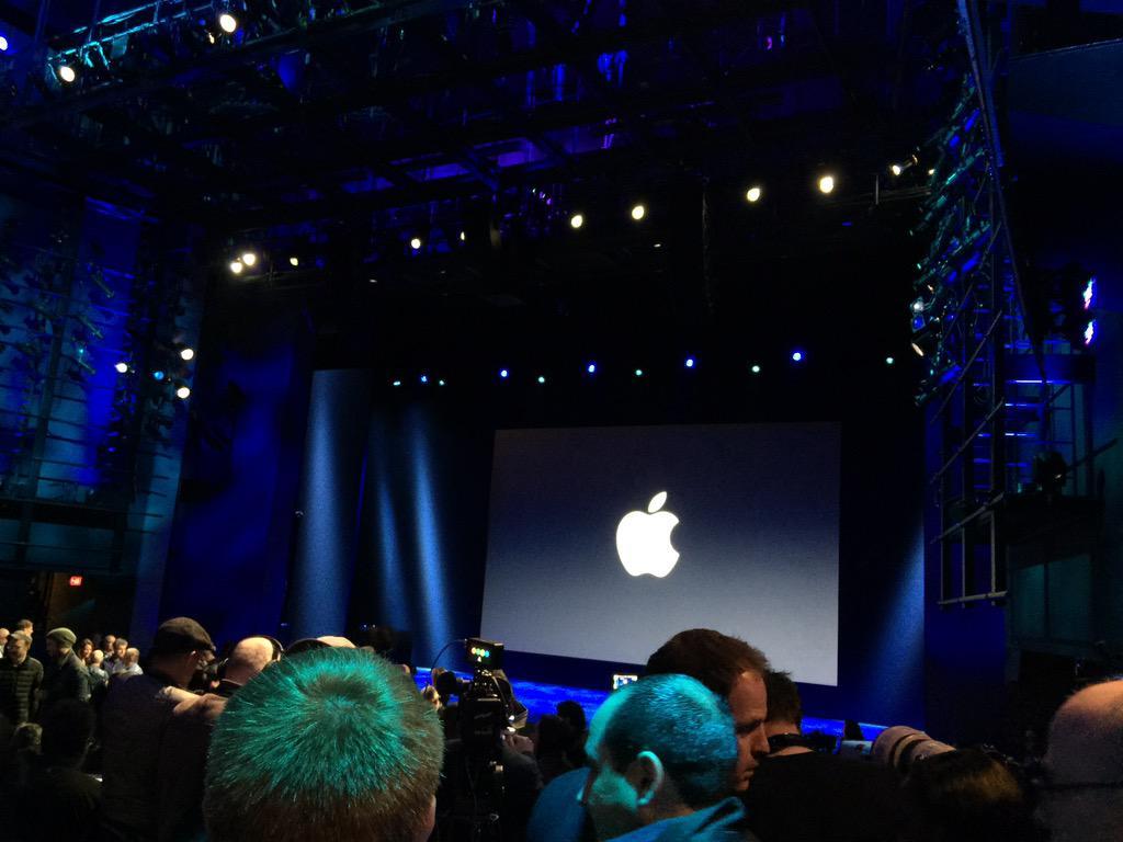 Ya estamos dentro #AppleEvent #AppleWatch http://t.co/u9gm9CujTD