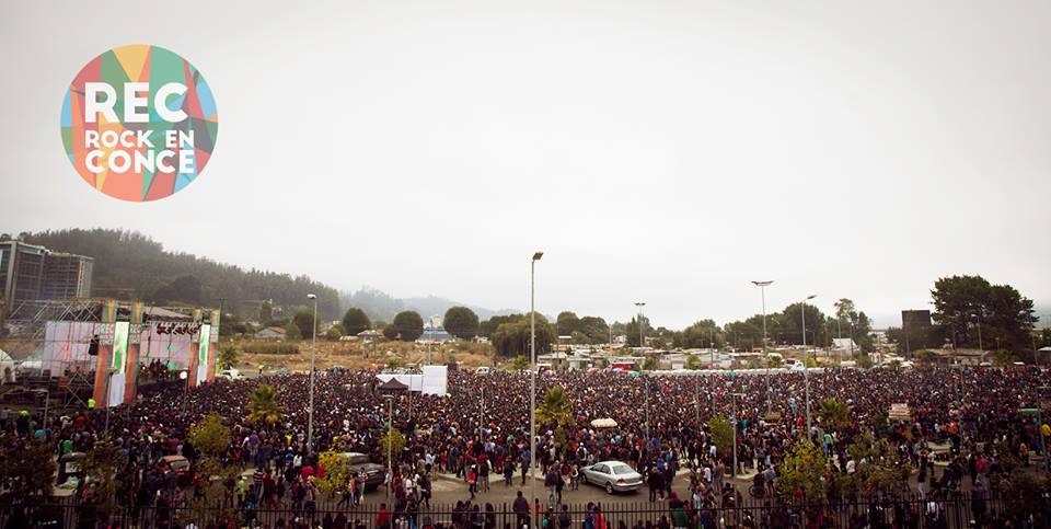FOTOS: Imágenes tomadas con drone muestran cómo lucía el festival penquista REC desde el aire http://t.co/MI84YwxCSP