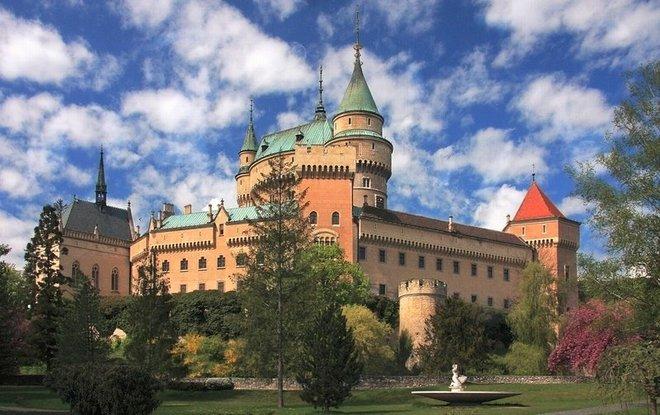 Jedno z najkrajších miest na Slovensku. No nie? :) http://t.co/RTMxi6FsQ2 http://t.co/J6C9HDdNMp