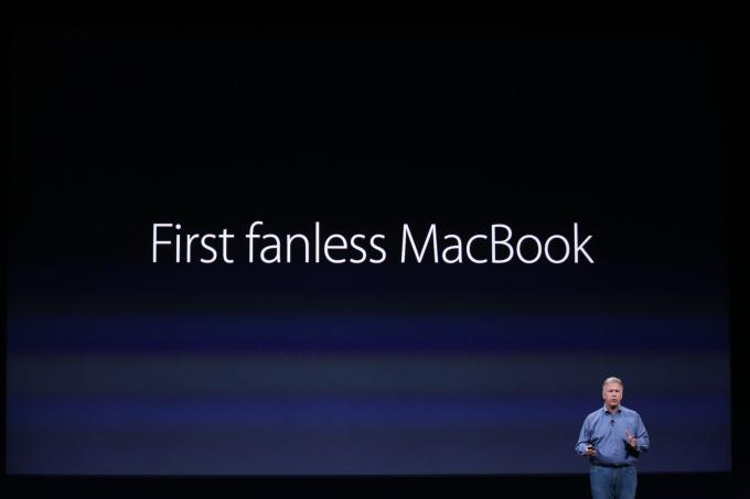 Macbook pertama yg tidak ada penggemar..kecian.. :(  http://t.co/dmD8j1o6qN
