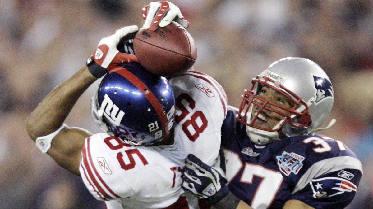 """@THR: Tribeca Sports Festival Adds @TonyGonzalez88 Doc http://t.co/1406iKVV1y http://t.co/tVd1ybl85m"" @michaelstrahan @SMAC #PlayItForward"