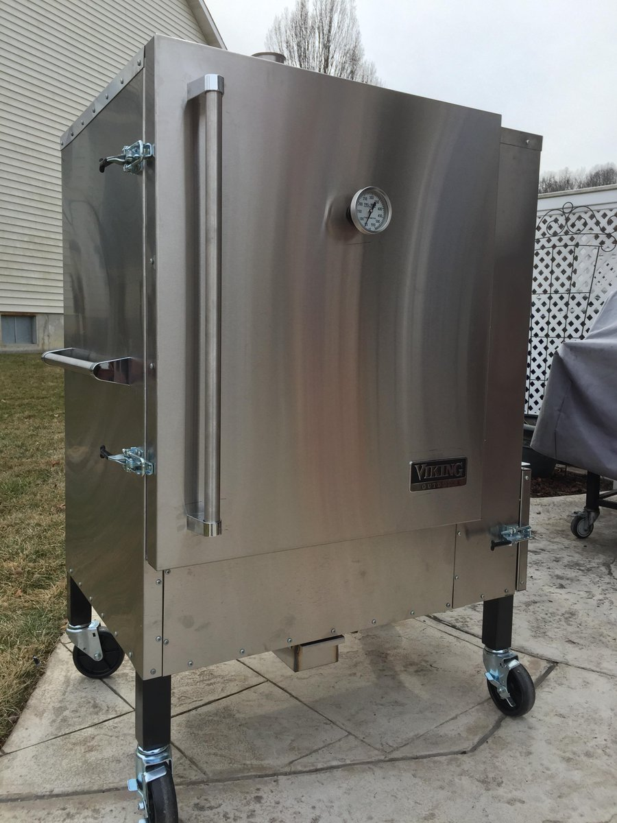 Buehrles BBQ On Twitter New Addition To Cooking Team Vikings - Viking smoker