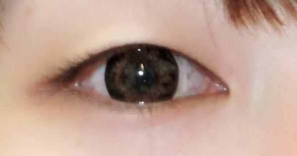 なおカラコン装着眼元アップ画像