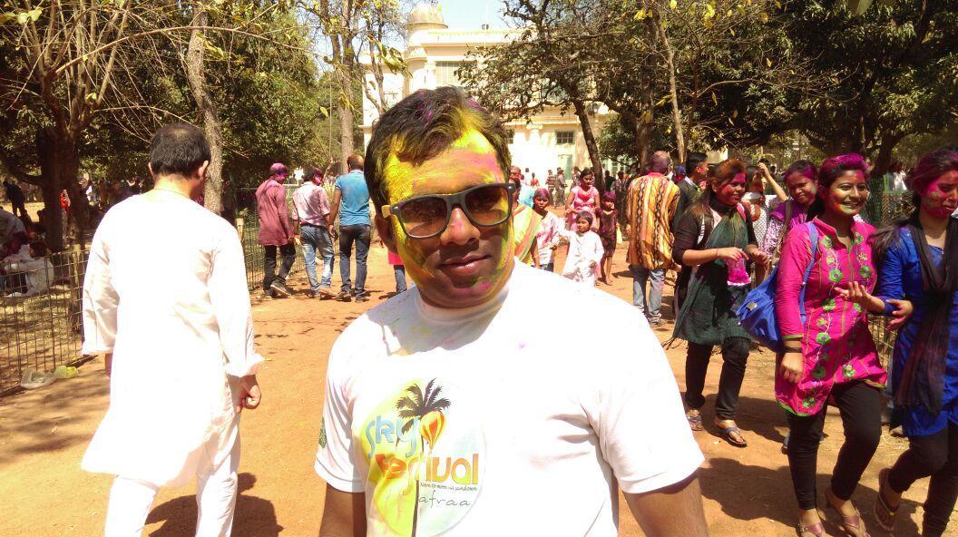Holi Moments at Shantiniketan. http://t.co/VHw73FT7VH