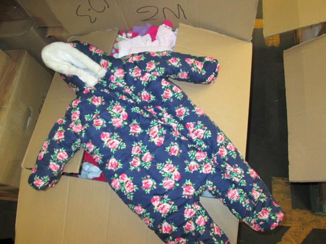 Lovely snowsuit delivered. Please join in our From A #MotherToAnother initiative: http://t.co/qbpggrbz0z http://t.co/6neSYzn8mg