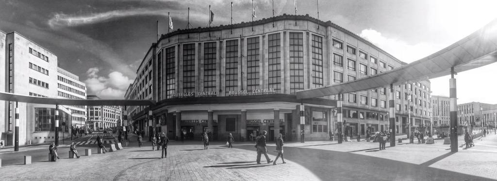 #Brussels' #CentraalStation #GareCentrale, outstanding architecture by #VictorHorta. @visitbrussels @welovebrussels<br>http://pic.twitter.com/em12KwC6pc