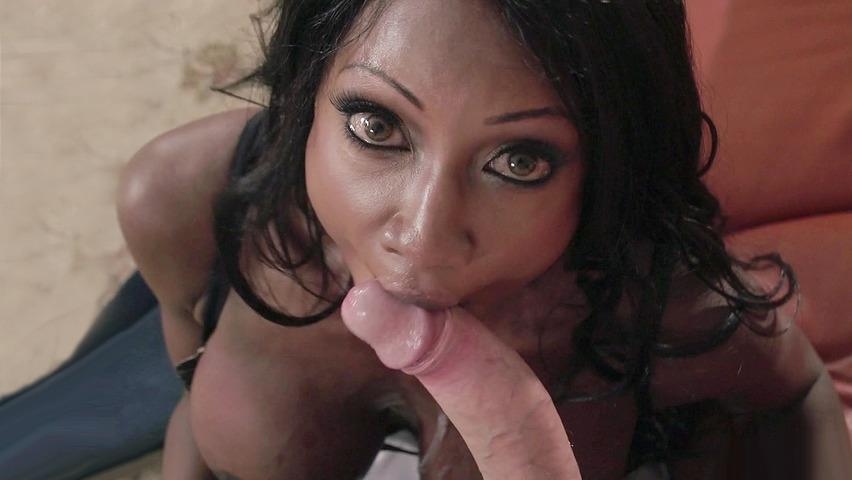 Red tube wife sucks husbands cock