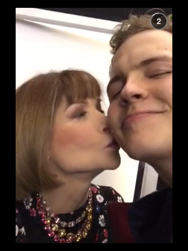 Fashion Queen Anna Wintour blows a kiss to Vine phenomenon Jerome Jarre