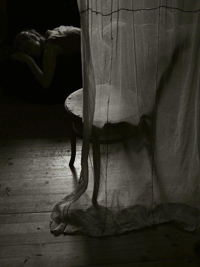 il mio cuore ha paura se lui mi dice cara dovrai cavartela da sola  @cristinabove #UniversoVersi http://t.co/o86qPVnBCu
