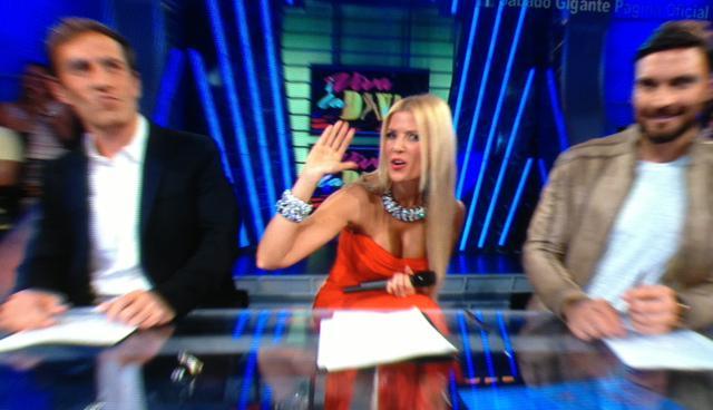 Sissi Fleitas On Twitter At Clubfansissi At Sissitv Una Diva Latina