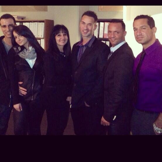 #flashbackfriday My family #theSorrentinos @miss_sorrentino @marcsorrentino @frankiestylze @lindaleepeaches http://t.co/5etxMxlVT9