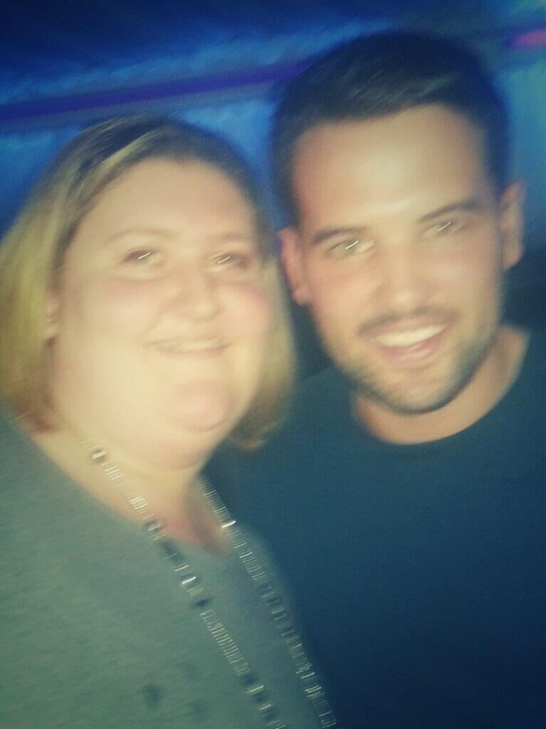 RT @katiewalker720: @RickyRayment lovely to meet u  @PUREBar_Kent wat a lovely guy x thanks for the pic xx http://t.co/nUVVgFLoiM