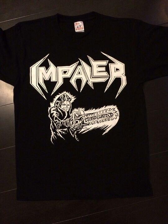 IMPALERのTシャツ完成しました!作成に携わった方々、ありがとうございました! 初売りは来年1月12日、初台WALLにて¥2000の予定です!今のところ通販は考えておりませんのでご了承下さい。 http://t.co/JYuN4FaVgd