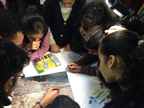 IT negs and kids planning the #meshsayada network #tunisie #tunisia http://t.co/lKlkdW408p