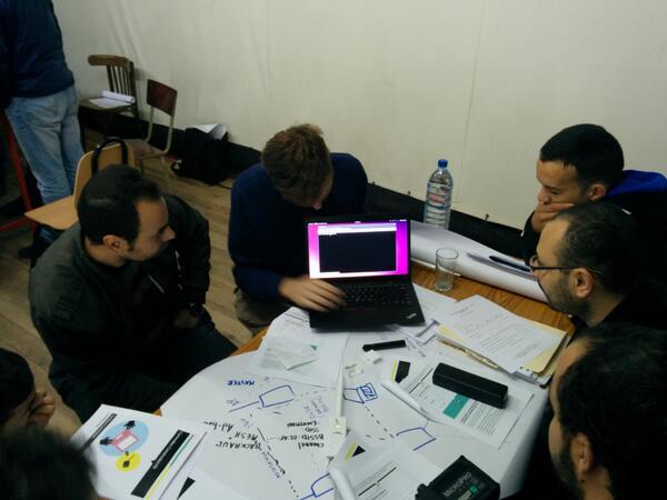 Les ateliers #MeshSayada en cours ... http://t.co/7lRWEnXr2X