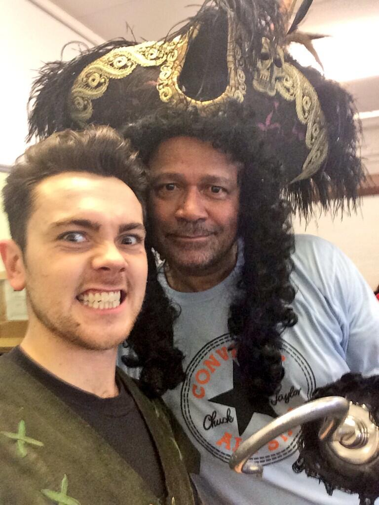 Finally managed to 'hook' up with him! #panto http://t.co/pyWulsbThR