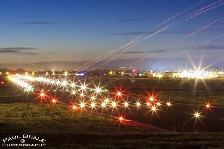 RT @GlosAirport: @carolvorders we've got our Xmas light on! (perfect for a Sputts night rating!) http://t.co/pG0NNmMD9d
