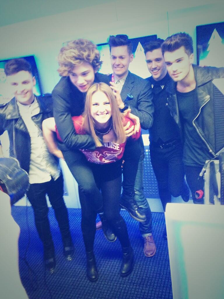 Here's a @UnionJworld #popstarpiggyback with @katshoob and @richclarke #obvs #CapitalJBB http://t.co/VnLg2yn0UR