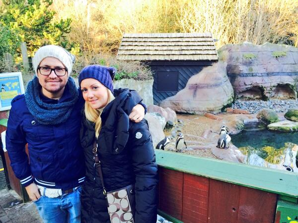 Great day out at Colchester zoo with @LouLou891 #zoomeup #penguincity pic.twitter.com/F06Y63N6ts