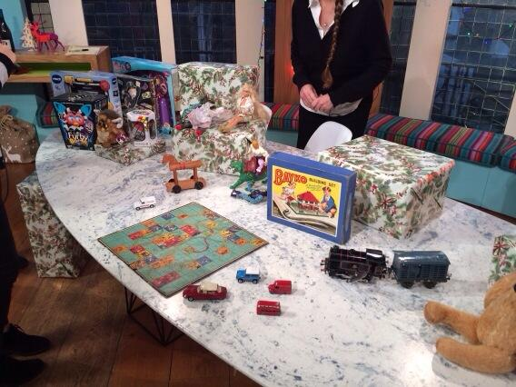 Toys on @SundaybrunchC4 http://t.co/YHK3keDbww
