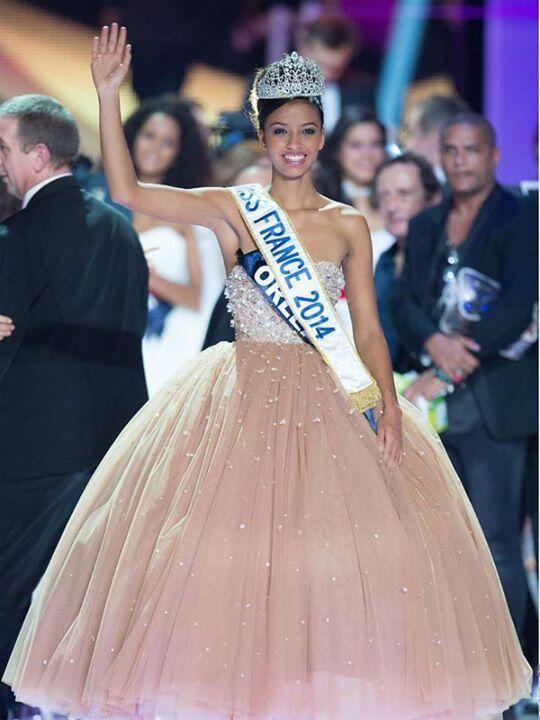 Bravo à Miss Orléans, notre nouvelle Miss France 2014 ! Likez le post pour la féliciter ! ;-) Crédit photo : Sip... http://t.co/1FiGi2Psef
