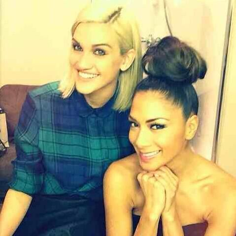 Look what Doll popped into my dressing room at @TheXFactor yesterday @ImAshleyRoberts #London http://t.co/epoyTRUl5P