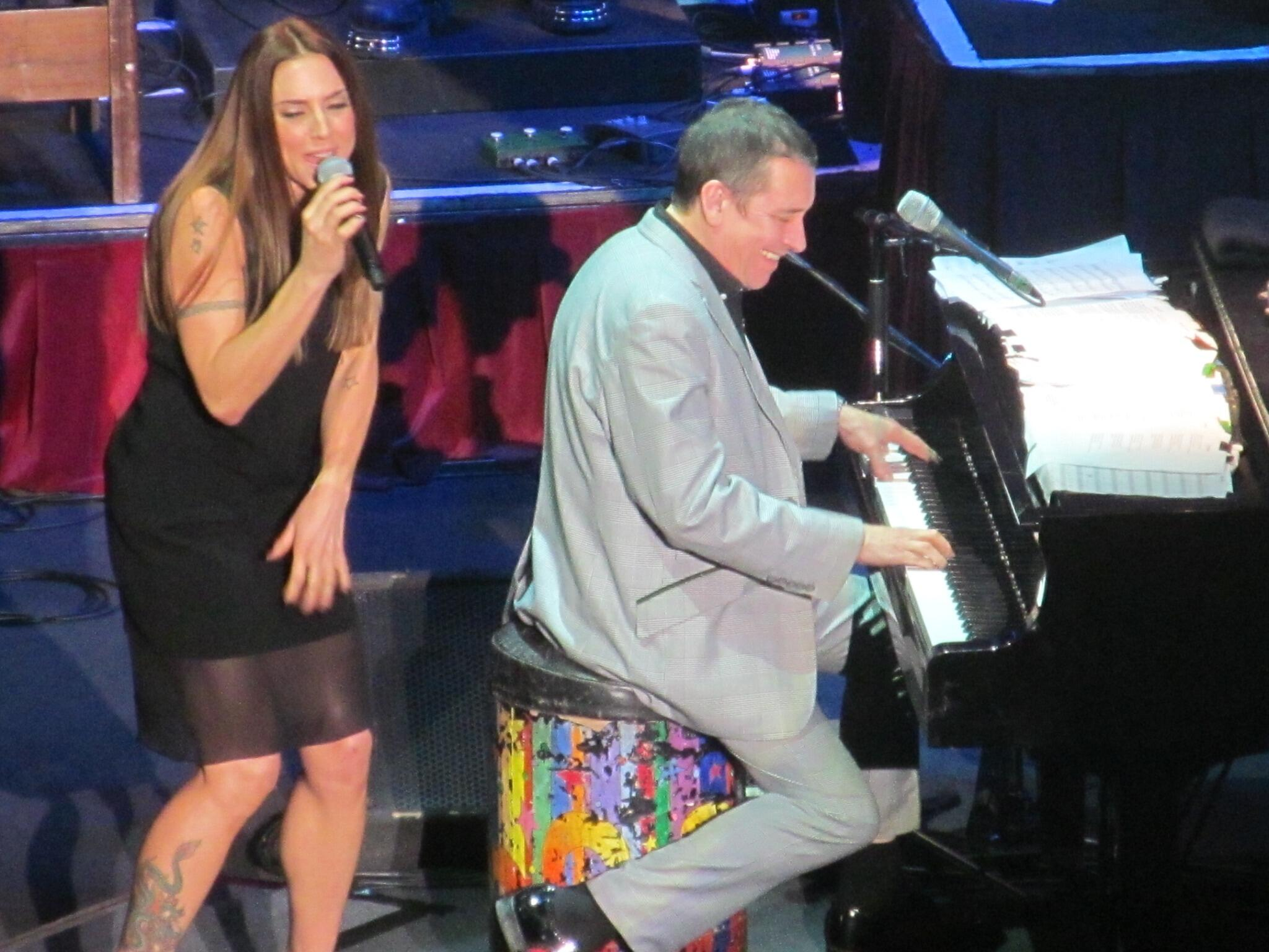 Thank you Manchester! 😍 RT @MelHarper1: mel c and Jools Holland last night !! Amazing!! @MelanieCmusic @JoolsBand http://t.co/tzsEEHSL2b