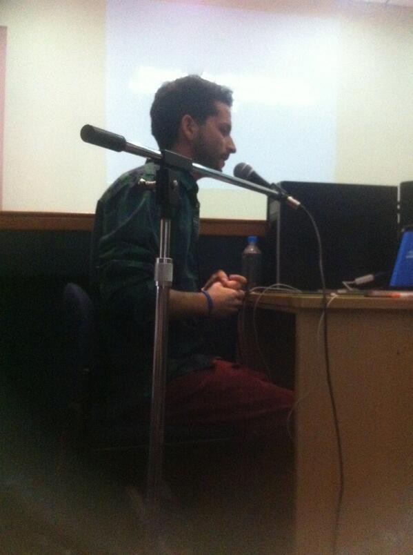 Ahora @pablolizardo habla de Blender y la producción 3D usando software libre #MingaTEC http://t.co/yAGJBowpu8