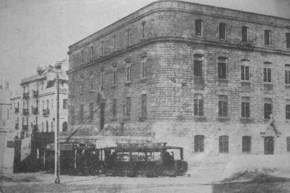 Historia de cadiz on twitter 1891 el arquitecto amadeo - Colegio arquitectos cadiz ...