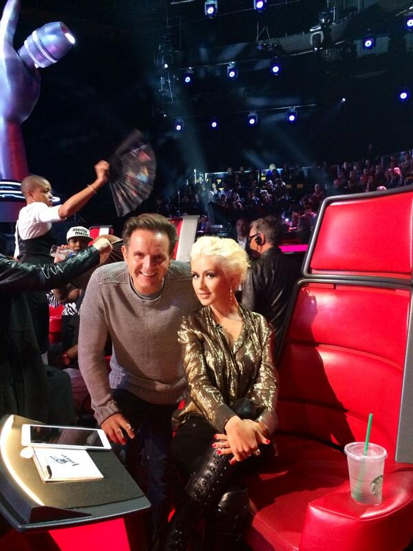 During the commercial break with the always stunning coach @xtina http://t.co/FMuMqmPD5c