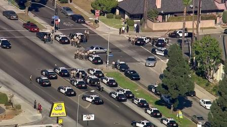 Inglewood Shooting Suspect Surrenders, Police Officer Hospitalized