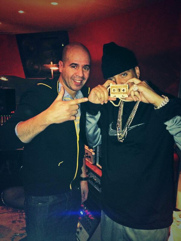 @FrencHMonTanA and me in Paris studio session .... Ain t Worried i m French !!! http://t.co/UrFwHcmqr0