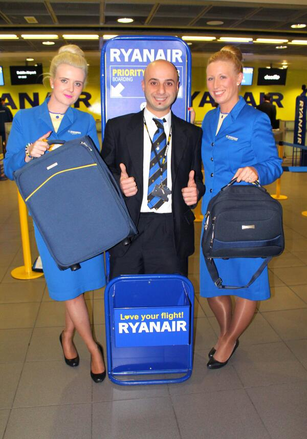 Ryanair On Twitter Don T Forget From Sunday U Can Bring A 2nd Small Bag Ur Flight 10kg Cabin Co Rqi8rhxmf4