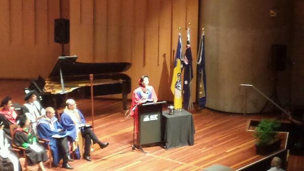 Loving seeing Aung San Suu Kyi speak at ANU. @ANUmedia http://t.co/ulzZiCQg8n