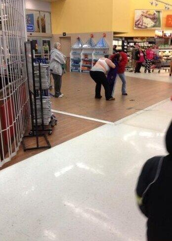 walmart fights - black friday 2013