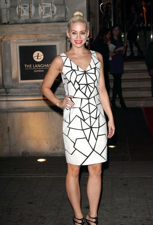 RT @bernshaw: @KimberlyKWyatt wearing @Bernshaw  'Sayuri' dress at The Langham Hotel last night. Thanks @nickcoxstyle http://t.co/IE3lX4ft9I