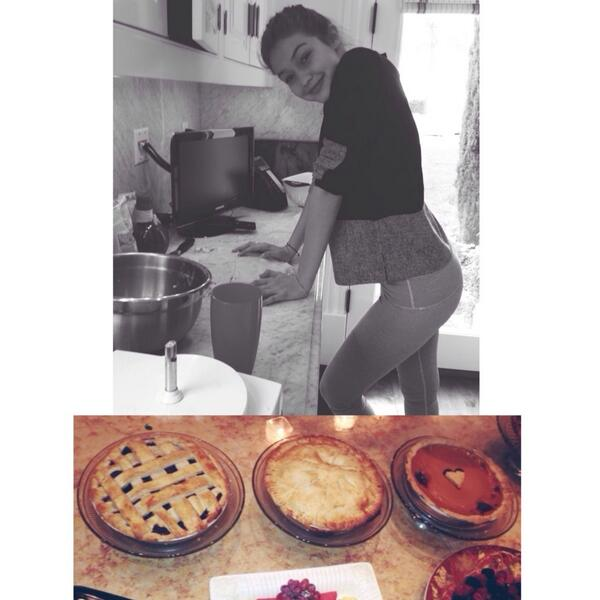 Gigi Hadid On Twitter Yesterday Was Spent In The Kitchen Assembling My Annual Thanksgiving Contribution Pies Http T Co Lwgywrhggy