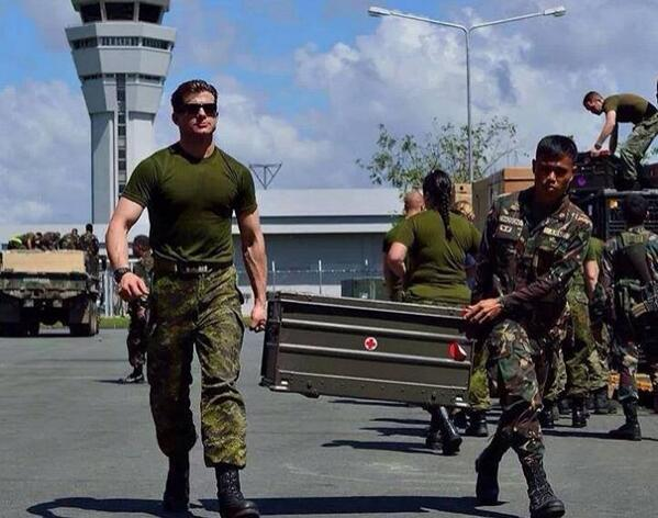 We thank our brothers-in-arms from the Canadian Armed Forces for their assistance in Yolanda affected Panay island http://t.co/Md4nofaJ8B