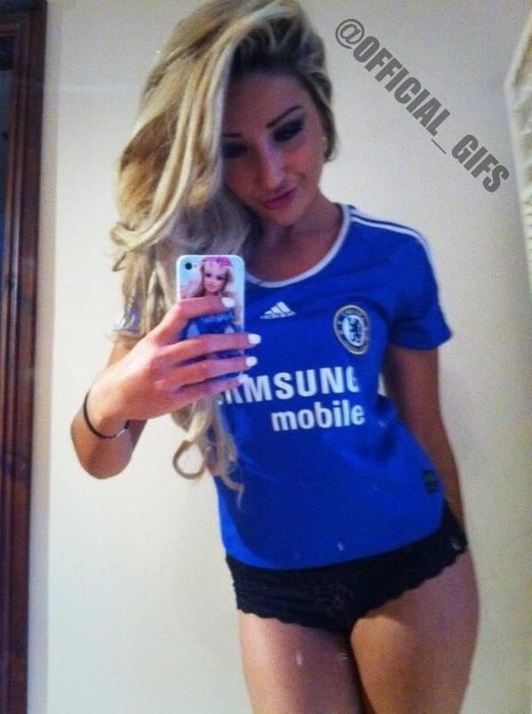HOT Sexy Female Soccer Fans