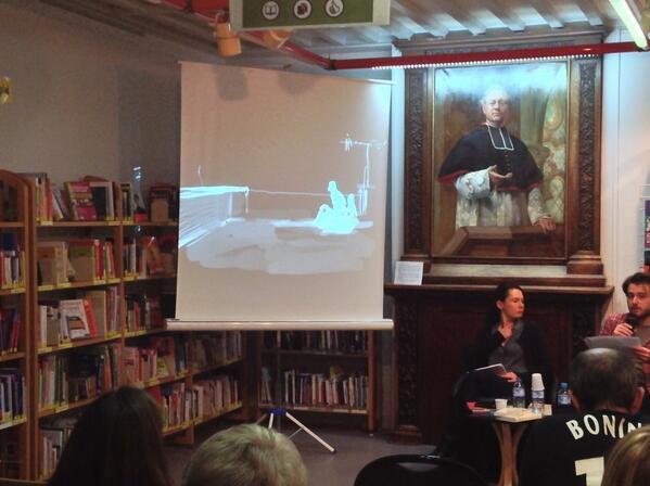 La plume de Tristan Garcia se matérialise sous la mine de Merwan !  #aulnay #msa http://t.co/7xvefRPi2m