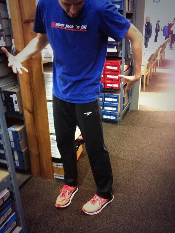 Reppin the new @brooksrunning #transcends @SuperJocknJill. It's like I'm taking off on a rocket ship of awesomeness! http://t.co/F9YXKLNcAh