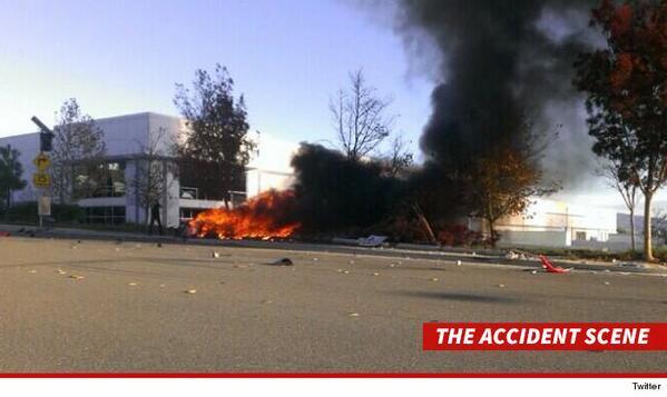 FOTO DE IMPACTO: Asi quedó el carro de Paul Walker luego de su accidente automovilístico en un Porsche http://t.co/fqGim8qpk8