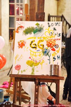 """picassos """"@RedSunsetXIII: SNSD drew this on the set of LOVE&PEACE album photo shoot. From SONE JAPAN special blog http://t.co/UNcPS9d0HJ"""""""