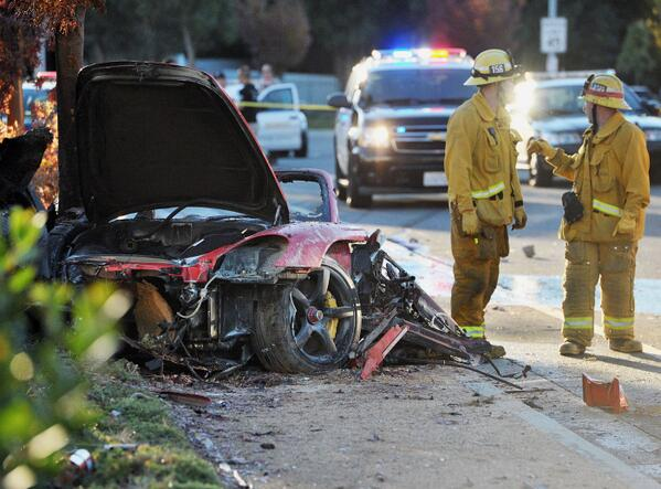 Fast & Furious actor #PaulWalker dies in car crash in LA http://t.co/kz5TwM0J5p http://t.co/5TOVBM0oTB
